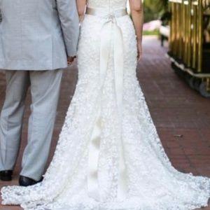Romona Keveza Wedding Dress